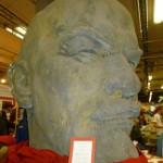 Här Lenin (till vänster), Catharina (som illustrerat baksidan på Bä, bä Svarta Får) till höger. Alla är med på bokmässan.