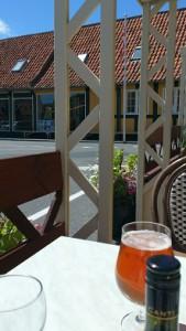 Svaneke öl kan avnjutas vid torget